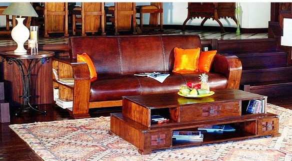 leather furniture in the tropic